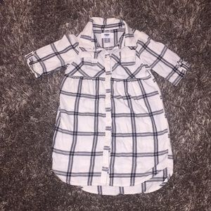 Cute Old Navy Button Down Top